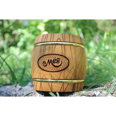 Деревянный бочонок для мёда на вашей кухне